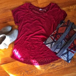 Maroon LA hearts T with sheer lace print on back S